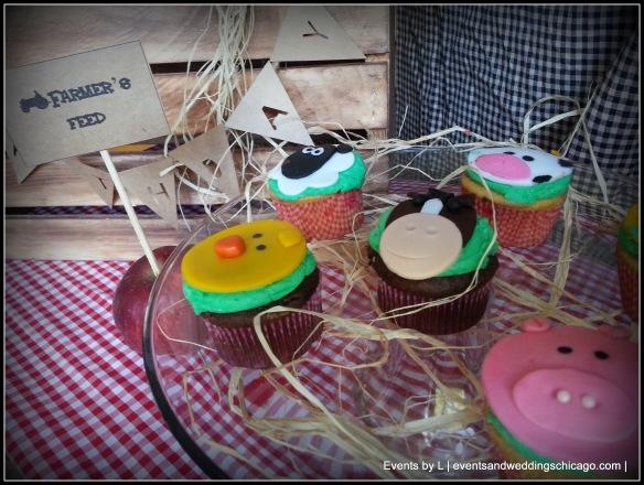 Barnyard Themed Cupcakes